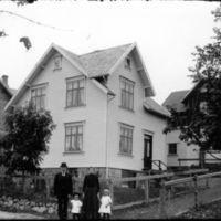 K.K.Kleppe og konen Inger sjå A53-41