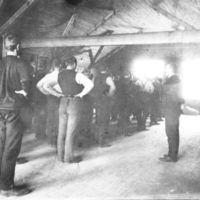 Jæren Folkehøgskule.Tore Braut har gymnastikk i gymnastikksalen.Tore Braut var lærar 1906-1923. Født 07.06.1878, d. 11.07.1923.